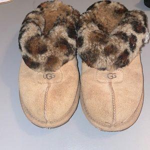 Cheetah print Ugg slippers size 7